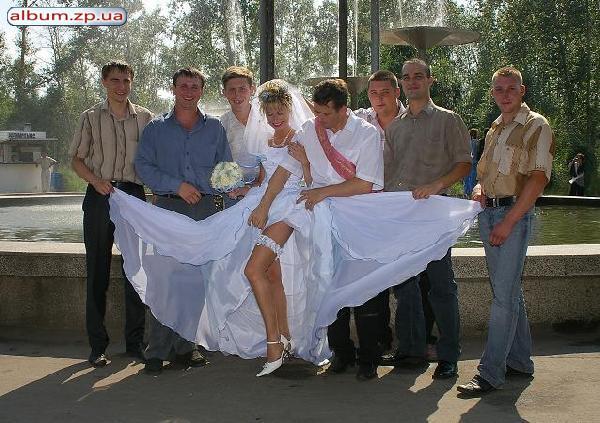 голая невеста на свадьбе: