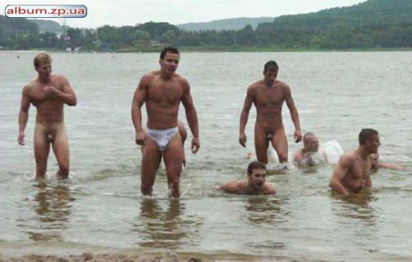 Видео голых парней на речке фото 28-724